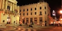 Pécs I: Rondwandeling door het centrum zonder gezamenlijk bezoek van de bezienswaardigheden; duur: ca. 2,5-3 uur